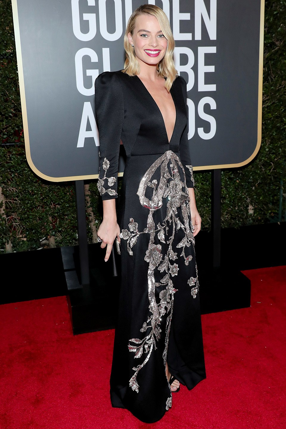 Best-Dressed-Golden-Globes-Margot-Robbie